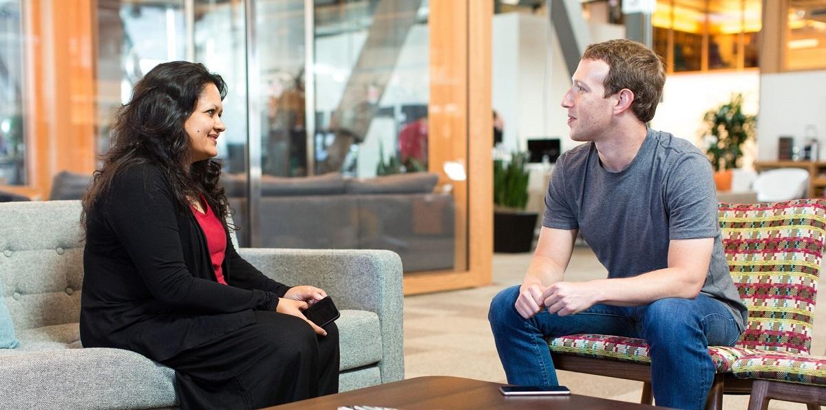 مارک زکربرگ کے ساتھ آنکھی داس۔ (فوٹو بہ شکریہ: فیس بک/ankhid)