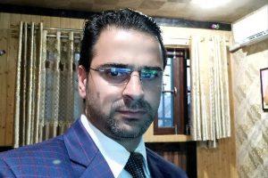 کشمیری وکیل بابر قادری(فوٹو: ٹوئٹر/@BabarTruth)
