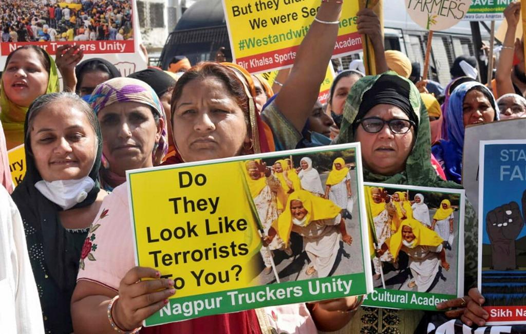 مہاراشٹر کے ناگپور شہر میں سکھ کمیونٹی کے لوگوں نے بند کی حمایت میں ریلی نکالی۔ (فوٹو: پی ٹی آئی)