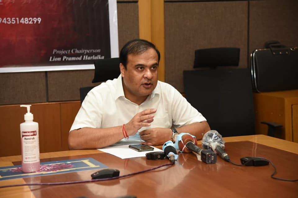 آسام کے وزیرہمنتا بسوا شرما (فوٹوبہ شکریہ: فیس بک/@himantabiswasarma)