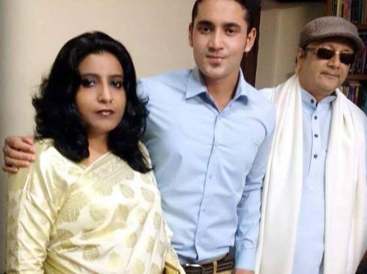 مشرف عالم ذوقی اور تبسم فاطمہ اپنے بیٹے کے ہمراہ، فوٹو بہ شکریہ ،فیس بک